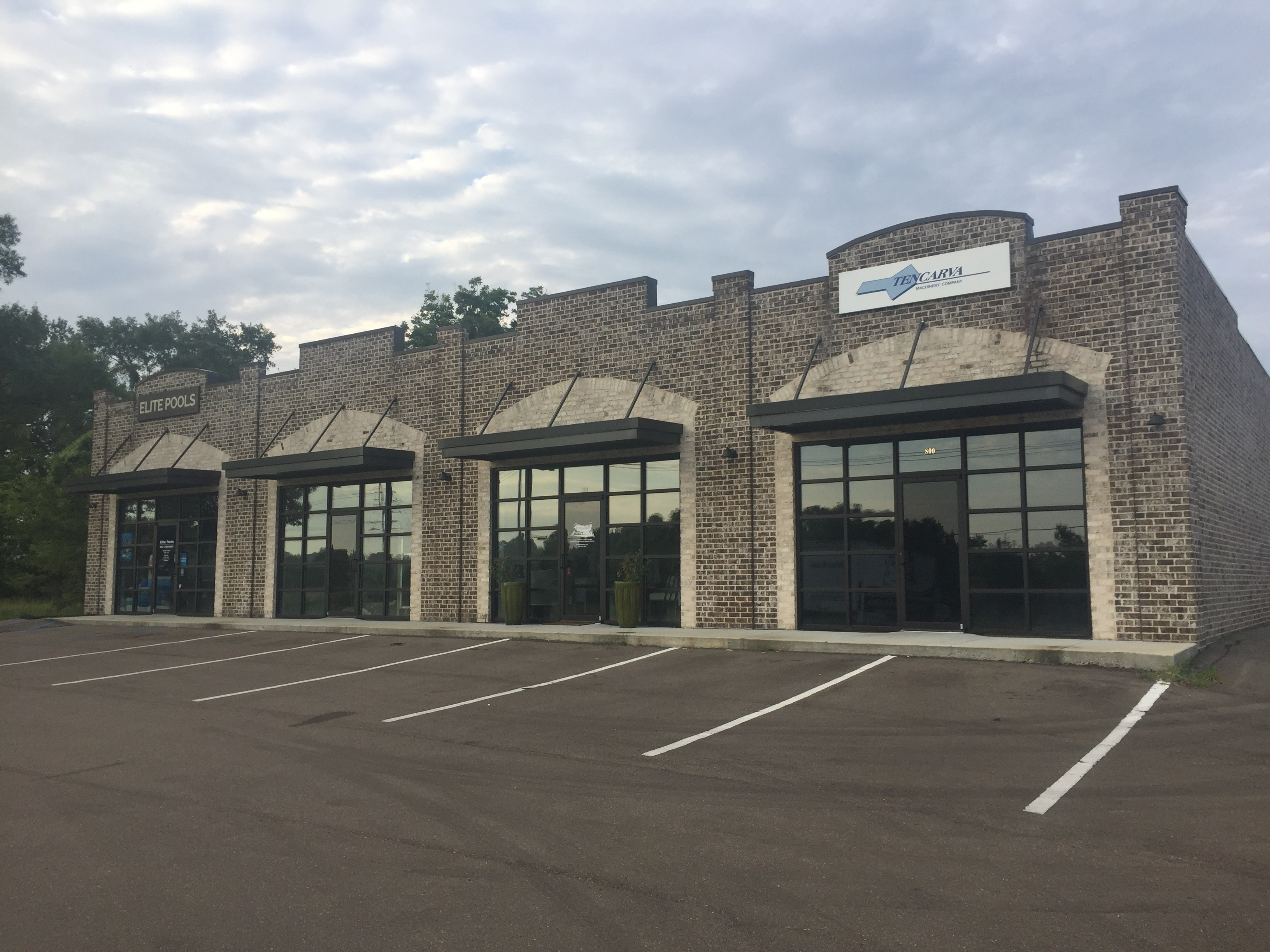 Retail Building and Storage facility